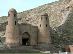Гиссарская крепость, Душанбе